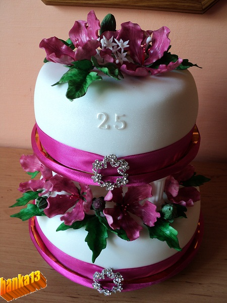 Цветок для торта из мастики