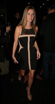 NickyHilton_07 (231x435, 20Kb)