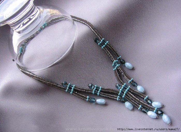 плетение жгута из бисера.  Для работы понадобится: нить или леска, бисер, ножницы, игла.  Схемы бисероплетения.