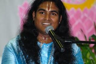 Swamiji 29.06.11 (320x214, 18Kb)