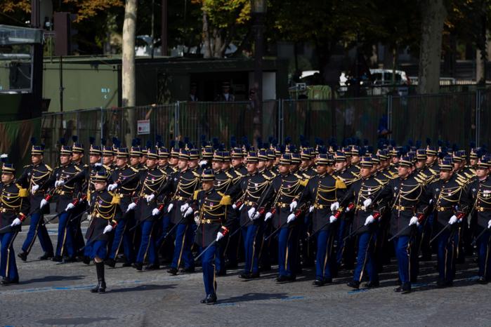 Gendarmerie Nationale (700x466, 444Kb)