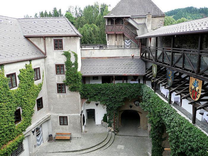 Замок Оберкапфенберг - Burg Oberkapfenberg 25735