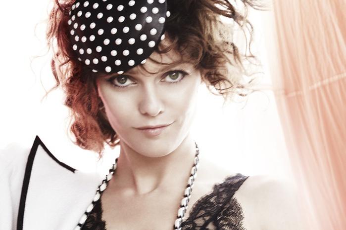 Ванесса Паради на страницах Vogue UK July 2011