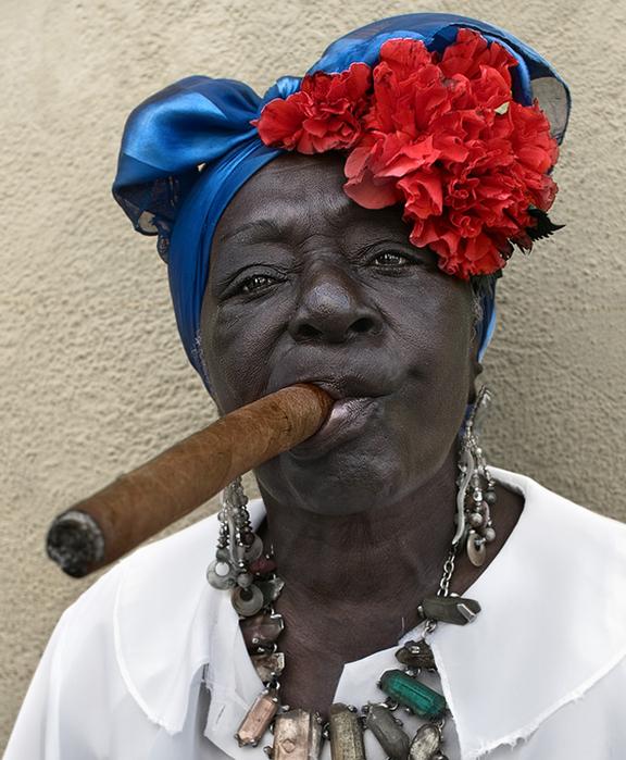Куба - страна карнавалов, праздников, фестивалей, зажигательных латинских танцев – ча-ча-ча, румба, ну и конечно знаменитых кубинских сигар