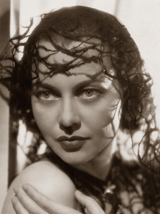 Luli Deste, 1937 (524x700, 136Kb)