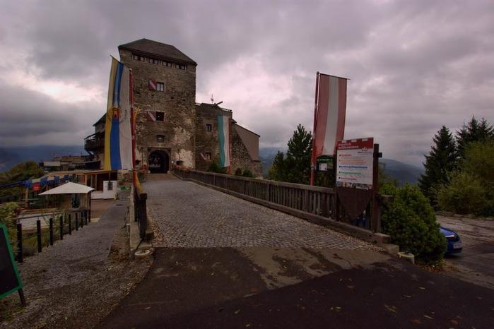 Замок Оберкапфенберг - Burg Oberkapfenberg 93327
