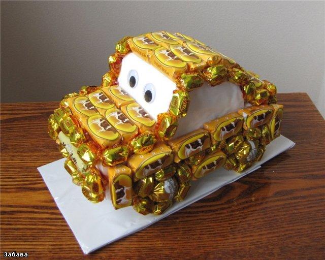 Машина из конфет фото 4