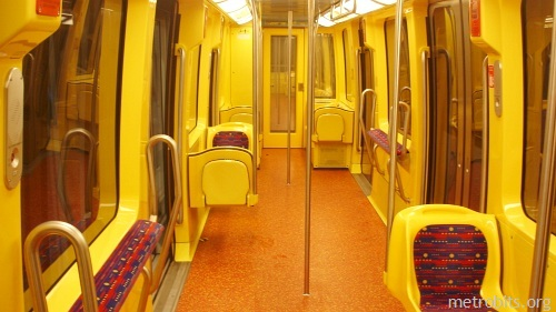 toulouse-train-interior (500x281, 58Kb)