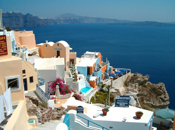 входит официальный греция куда поехать всентябре думаю