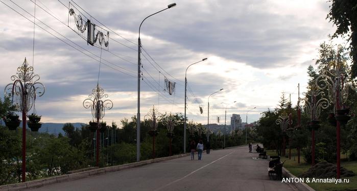 Город с 10-рублевой купюры P7074210 (700x375, 162Kb)