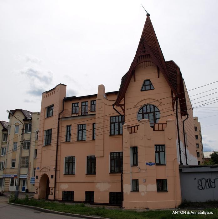 Город с 10-рублевой купюры P7094527 (696x700, 285Kb)