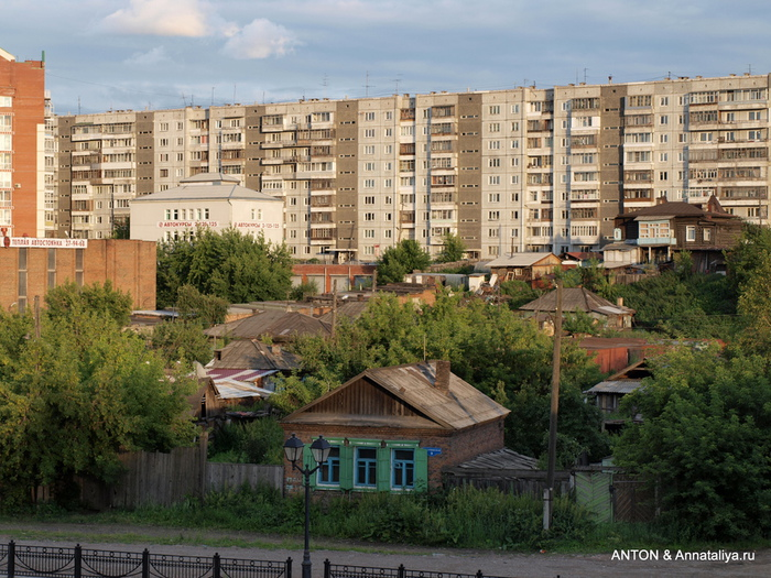 Город с 10-рублевой купюры P7074277 (700x525, 230Kb)