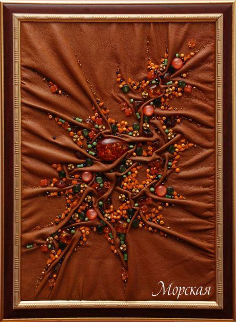 """Год создания 2010.  Панно из серии  """"Времена года """".  Картон, кожзам, камень, бисер, пластик и любовь к облепихе."""