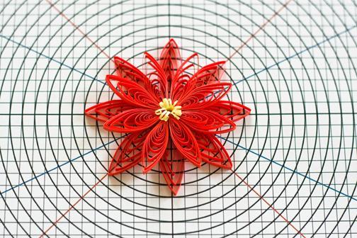 Сетка для цветов (квиллинг).