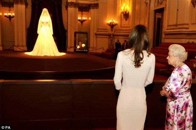 Платья на свадьбе уильяма