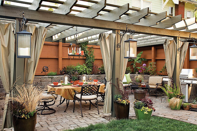 Patio is ready for summer  Flickr - Photo Sharing! (650x433, 786Kb)