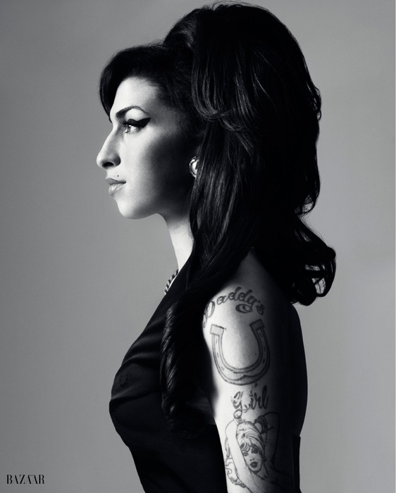 amy-winehouse-hb (562x700, 56Kb)
