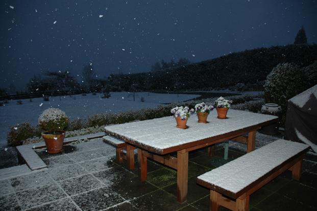 snow (621x413, 180Kb)
