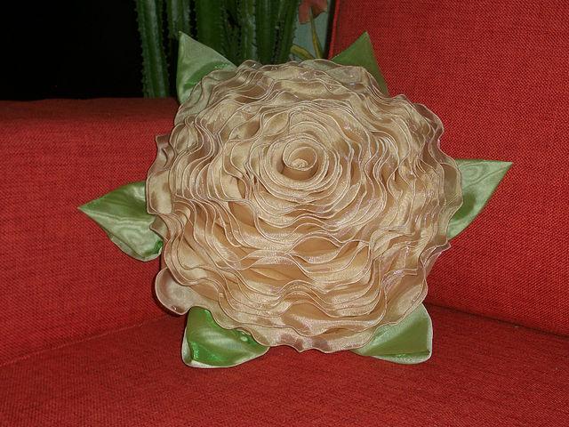 Подушка роза своими руками мастер класс фото