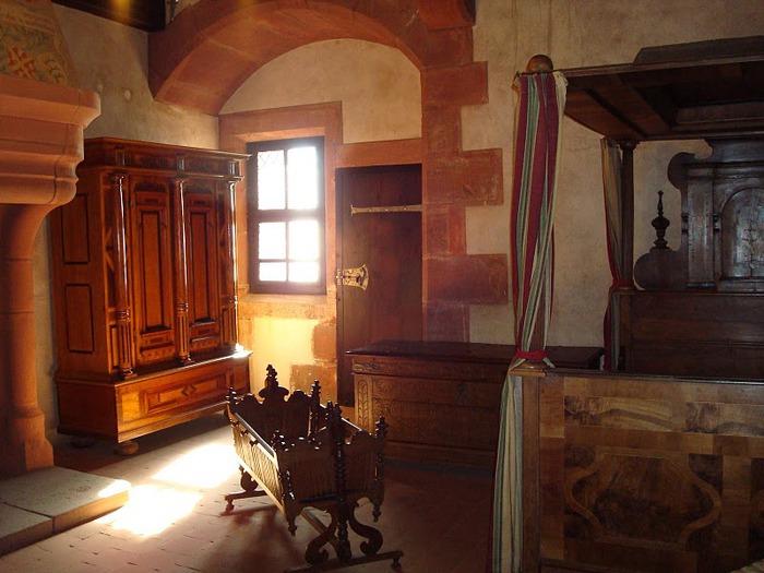 Замок Верхний Кенигсбург (Chateau du Haut-Koenigsbourg) 30351
