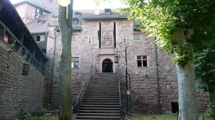 Замок Верхний Кенигсбург (Chateau du Haut-Koenigsbourg) 77012