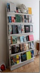 Превью pallet_bookshelves_diefrauimhaus_thumb (278x504, 60Kb)