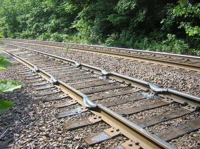 train_02 (700x523, 140Kb)