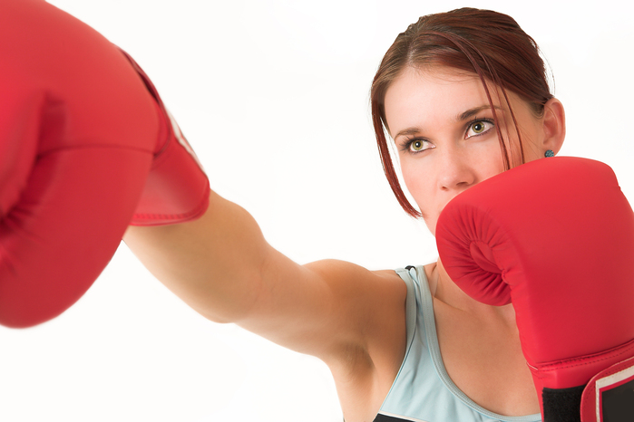 woman_boxing_12942596674285 (700x466, 178Kb)