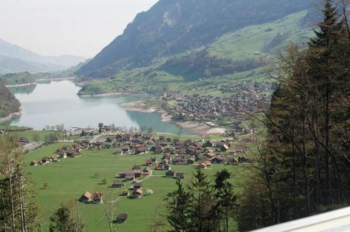 Курорты Швейцарии - Интерлакен/2822077_61 (700x464, 59Kb)