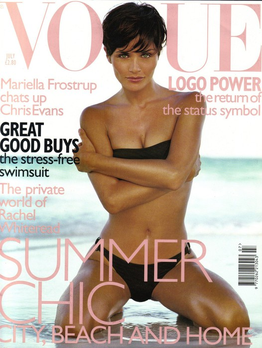 Флешбек: Хелена Кристенсен на обложке Vogue UK July 1997
