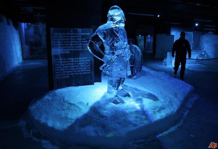 Музей-из-льда (700x481, 40Kb)