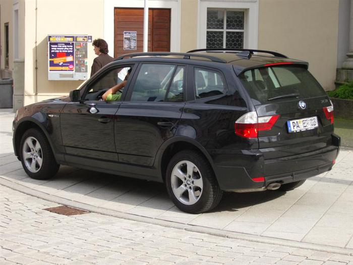 Bmw_X3_Jeep (700x525, 53Kb)