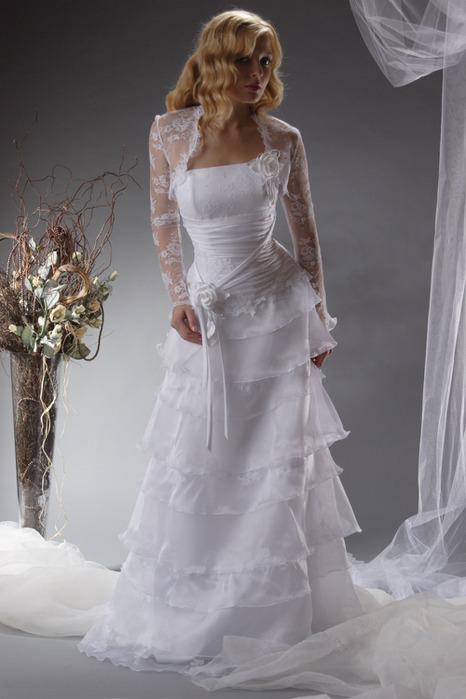 Цвет свадебного платья приметы 9