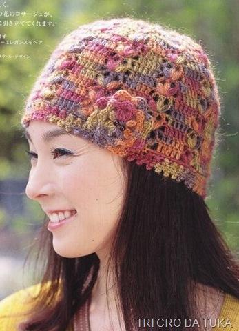 Осенне-зимние шапочки крючком.