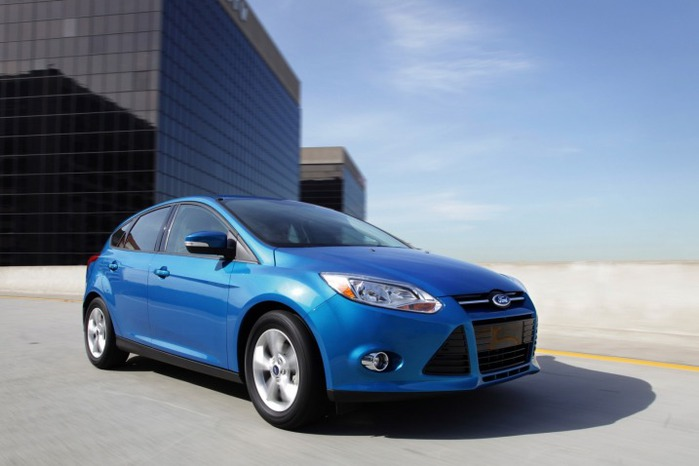 2012_ford_focus_f34_ns_80811_717 (700x466, 57Kb)