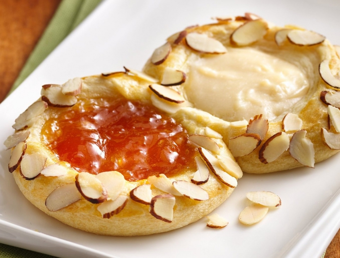 4453387_4427202407_106d691f89_ApricotGinger_Cheese_Danish_O (700x530, 244Kb)