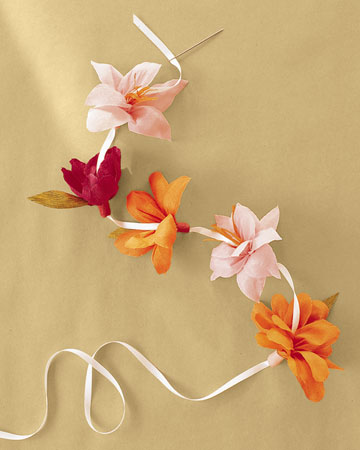 ml243_spr01_crepe_paper_flowers_ff10_xl (360x450, 26Kb)