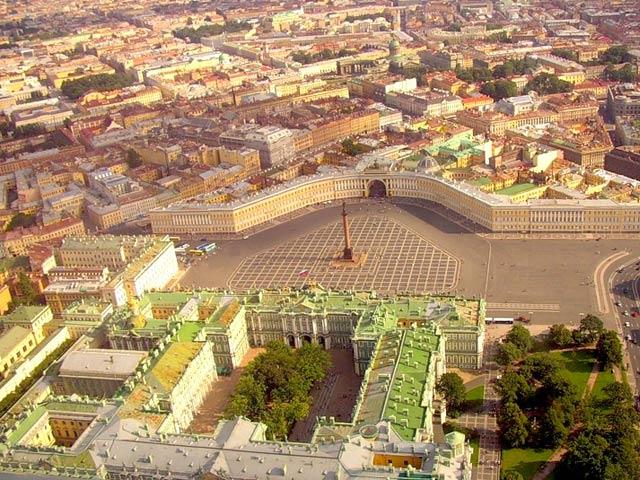 Зимний дворец 2 640x480 96kb