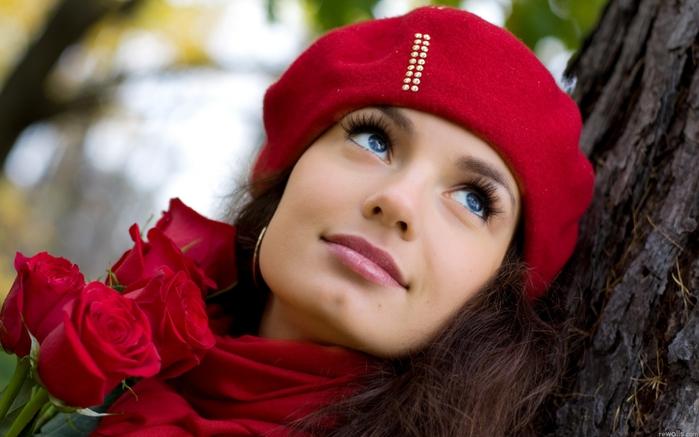 http://img0.liveinternet.ru/images/attach/c/3/77/109/77109440_3927504_236559_krasnyj_lico_vzglyad_ulybka_rozy__1920x1200_www_GdeFon_ru.jpg