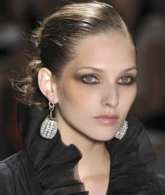 Makeup-Trend-Smoky-Brown-Eye-Shadow (325x385, 29Kb)