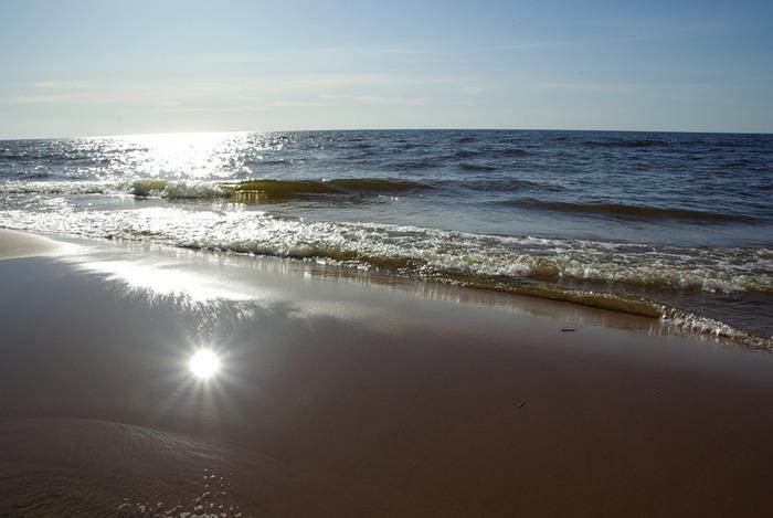 солнце на песке (700x469, 68Kb)