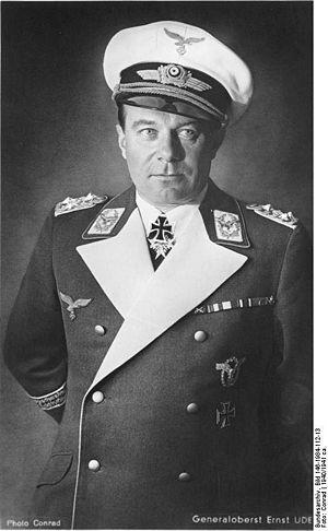 08 Ernst_Udet в 1940 г (300x486, 25Kb)