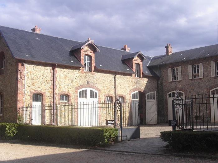 Замок Бретей / Chateau de Breteuil - в гостях у Шарля Пеpро 93933