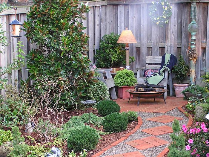 Декор для сада и огорода своими руками фото - Всё о фигуре здесь