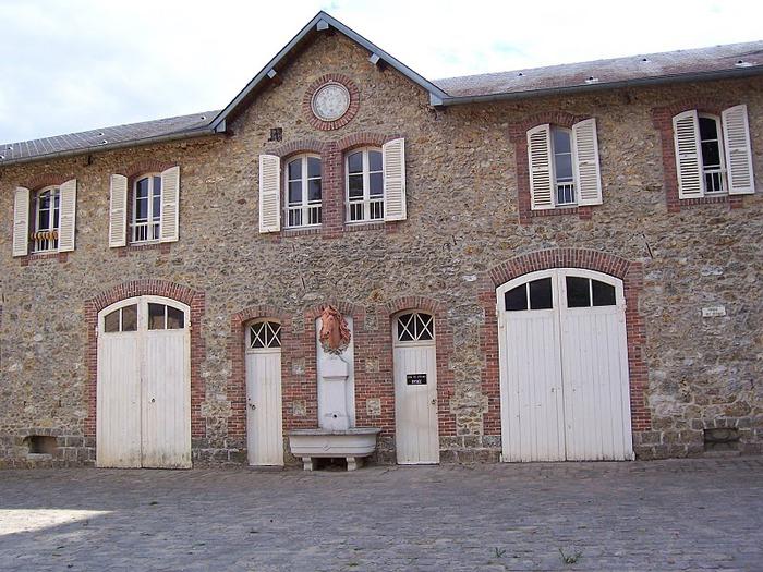 Замок Бретей / Chateau de Breteuil - в гостях у Шарля Пеpро 51976