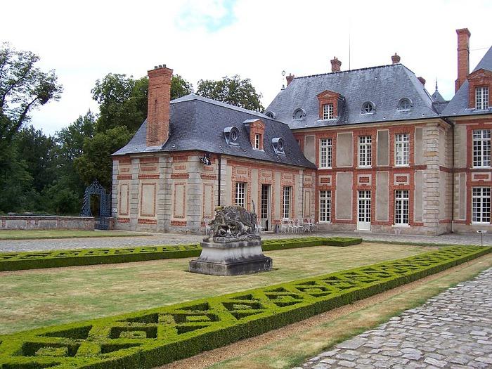 Замок Бретей / Chateau de Breteuil - в гостях у Шарля Пеpро 56896