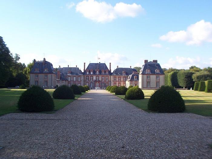 Замок Бретей / Chateau de Breteuil - в гостях у Шарля Пеpро 92973