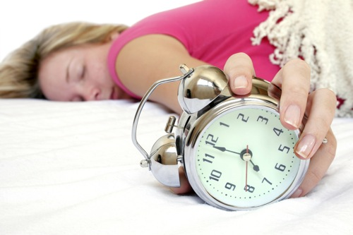 bring-travel-alarm-clock-for-a-convenient-travel (500x333, 41Kb)