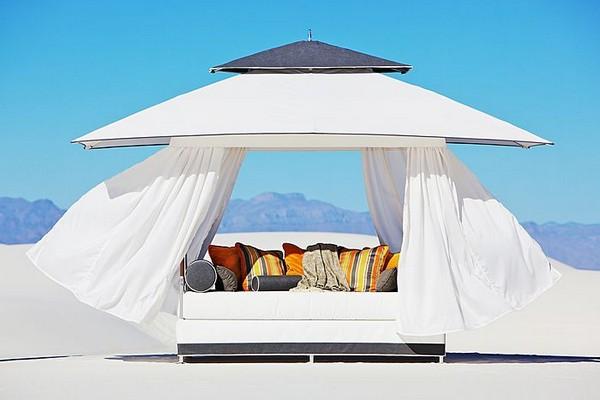 30 красивейших кроватей с балдахинами для вашей террасы 14 (600x400, 42Kb)