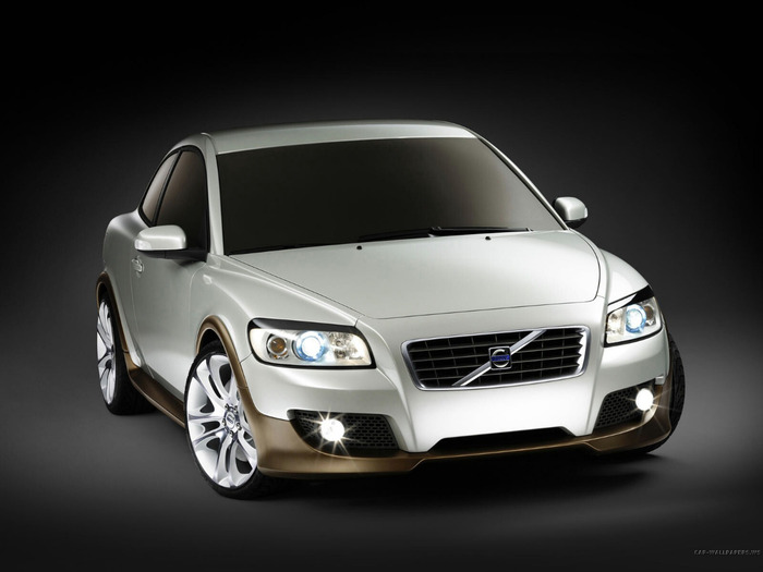 Volvo_C30_125_1600 (700x525, 58Kb)